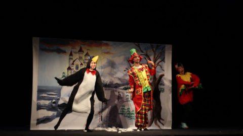 Teatr-Katarynka-Bałwanek-Tiko-Królowa-Fruncja (15)