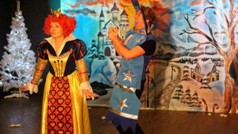 Teatr-Katarynka-Bałwanek-Tiko-Królowa-Fruncja (16)