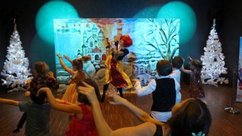Teatr-Katarynka-Bałwanek-Tiko-Królowa-Fruncja (18)