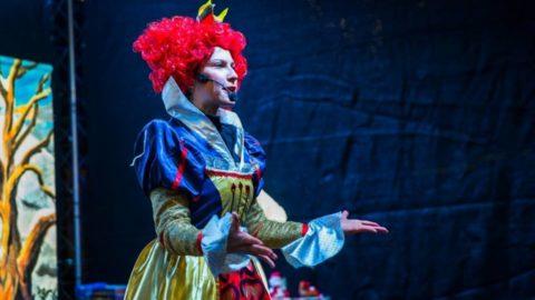Teatr-Katarynka-Bałwanek-Tiko-Królowa-Fruncja (4)