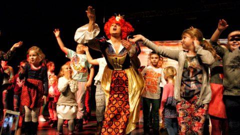 Teatr-Katarynka-Spektakl-Bałwanek-Tiko-Królowa-Fruncja-6