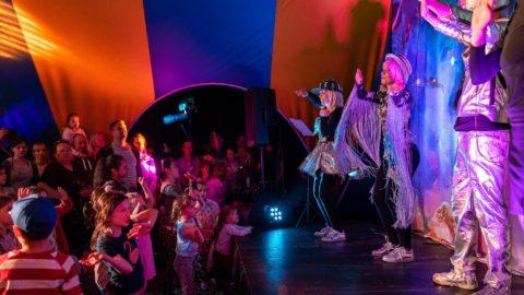 Tirti-Tist-w-Przestrzeni-Nocny-Dzień-Dziecka-Teatr-Katarynka (12)