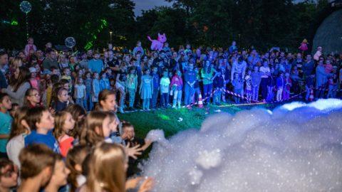 Tirti-Tist-w-Przestrzeni-Nocny-Dzień-Dziecka-Teatr-Katarynka (3)
