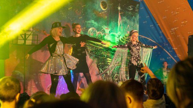 Tirti-Tist-w-Przestrzeni-Nocny-Dzień-Dziecka-Teatr-Katarynka (7)