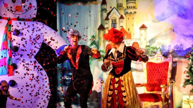 Teatr-Katarynka-Spektakl-Bałwanek-Tiko-Królowa-Fruncja-(26)